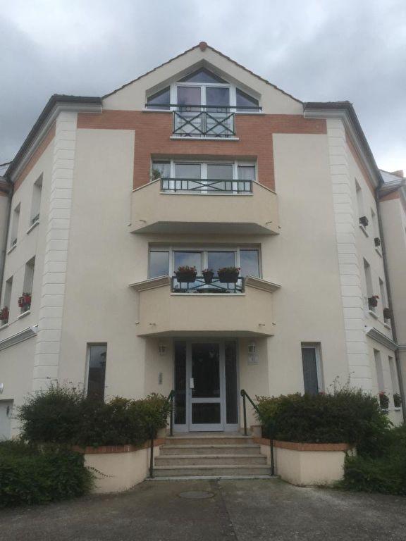 APPARTEMENT VOISINS LE BRETONNEUX - 1 pièce(s) - 30 m2