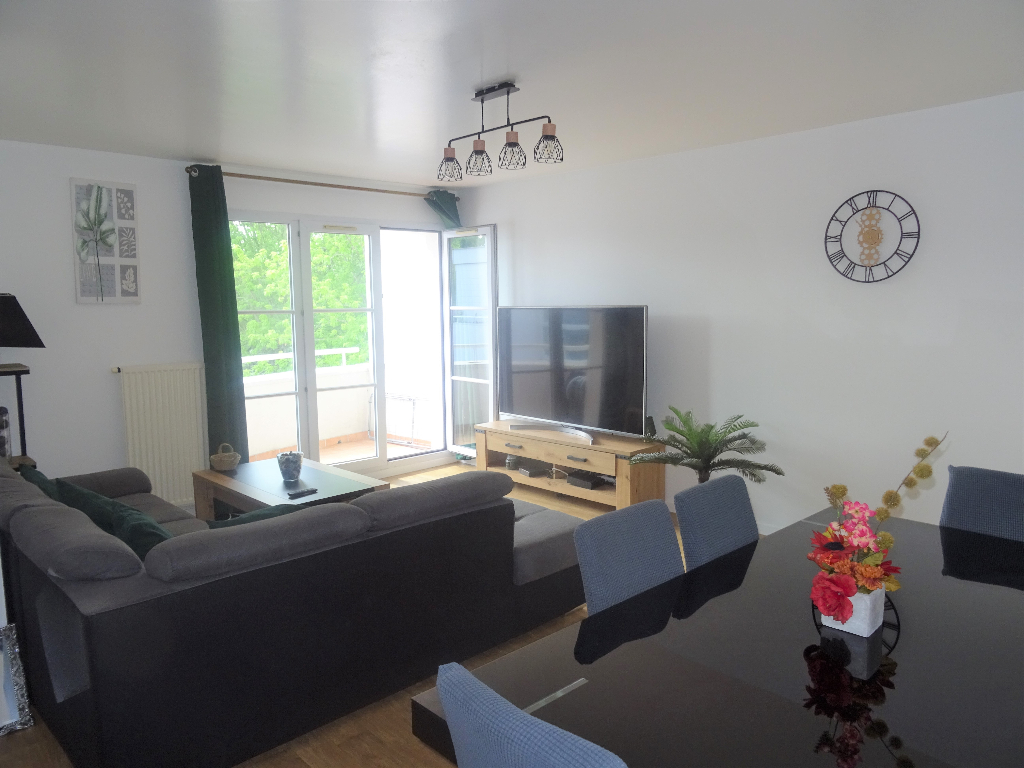 Appartement Montigny Le Bretonneux 4 pièce(s) 80.43 m2