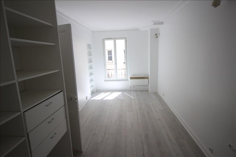STUDIO- 1 pièce(s) - 28.47 m2